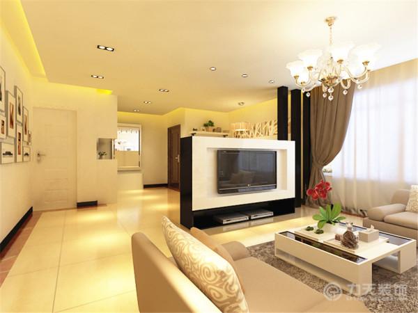 整体的家具中最具重点的是电视柜,电视可以旋转,电视可以转回来。