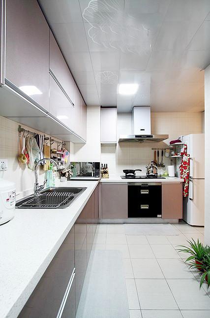 简约的厨房