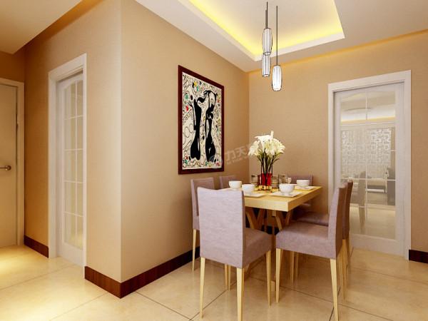 餐厅与厨房之间的活动的推拉门,既能分割空间,又能隔绝油烟进入客餐厅