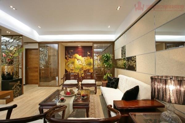 让东方风格中隐隐透出点奢华与尊贵。更值得一提的是在设计上我们将艺术性与实用性完美的进行了结合