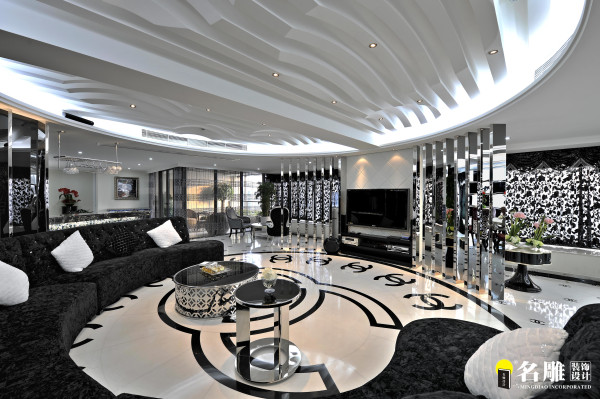 名雕装饰设计——客厅:客厅的设计尤为关键,客厅居中,两套户型融会贯通,为业主活动会客生活的中心场所