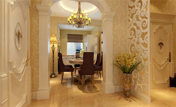 餐厅的欧式镂空雕花隔板,饰以精巧的灯具以及雅致的配件,这种绝妙的组合给人以强烈的视觉意志力,成为时尚与古典的柔媚结合。