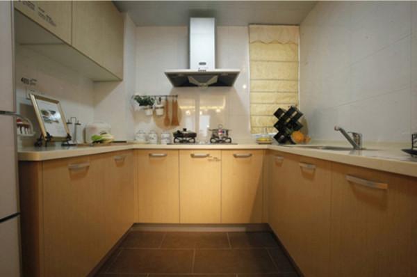 厨房的整体效果,没有奢华、没有另类,却打造出不一样的气质。