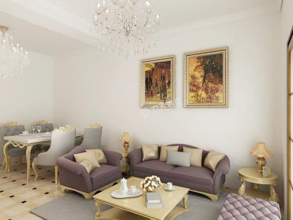 客厅可以通向阳台和侧卧,餐厅可以直接通向厨房。