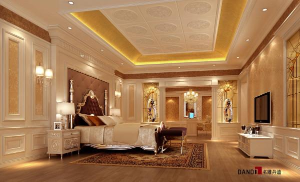 名雕设计——正龙豪苑——欧式卧室:整个空间气派又典雅。