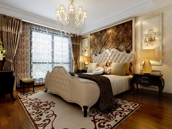 合肥融侨官邸110㎡欧式装修设计 主卧室的效果图,床头后面做了软包处理。