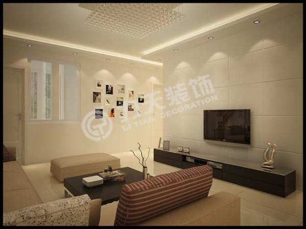 客厅选择的是方形水晶吸顶灯