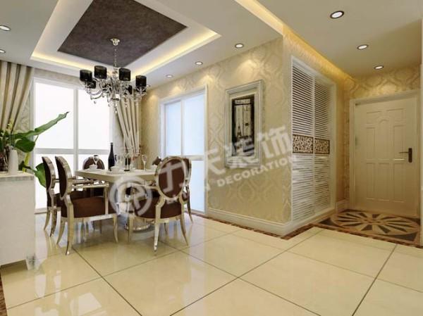 餐厅面积较大,可摆放6人桌,同时附带一个阳台,餐厅与厨房用推拉门隔开
