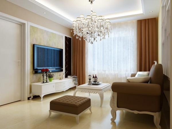 电视背景墙用了现况的手法,搭配欧式经典元素(棱形镜),高度于门齐平,视觉上尽量统一
