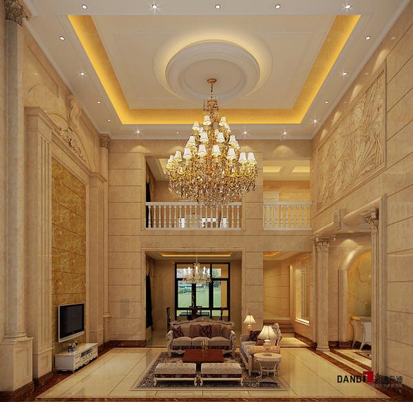 名雕丹迪设计-葡萄庄园别墅-欧式风格客厅:在空间装修上大量使用大理石、墙砖、雕花、墙纸、实木线条等。即营造了豪华大气的空间效果,又体现了业主高生活品质。