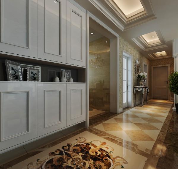 入户为一个分体式的鞋柜,能保证一家人的鞋子储存量。