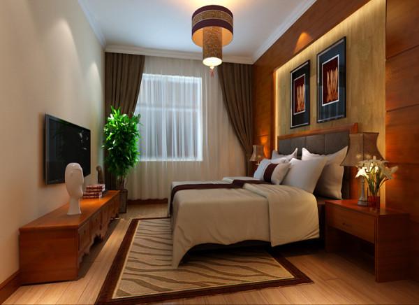 设计理念:主卧作为业主休憩的场所,已不再需要过多的装饰,一面简欧图腾壁纸,点缀主卧单调的空间。 亮点:床头背景墙的壁纸,与墙面的涂料完美结合,风格有壁纸的点缀,品味提成不少。