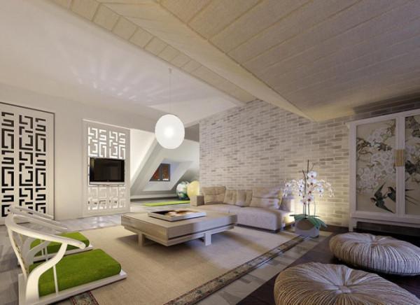 起居室的低层位置较矮,将低层位置做了木质饰面处理,令整个空间显得和谐不突兀。电视背景墙利用中式通花作为装饰,既让视觉感到舒适,又起到了隐私保护的效果。