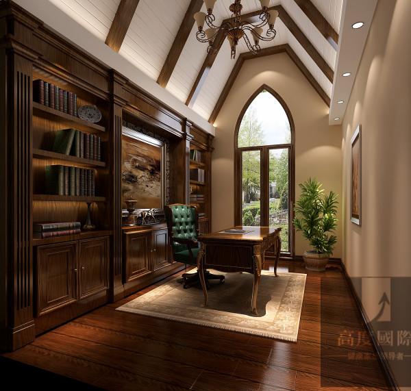 选择托斯卡纳风格,主要基于以下两方面考虑:一是考虑别墅的整体设计风格,本身带有浓郁的乡村风格,石质墙体、铁艺护栏、红色陶土屋等,这些都是托斯卡纳风格的典型特点。二是考虑业主个人品味、修养等因素
