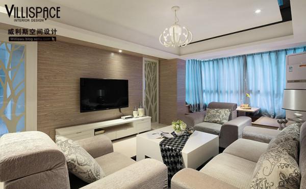 电视背景墙则大面积的采用地板上墙的方式