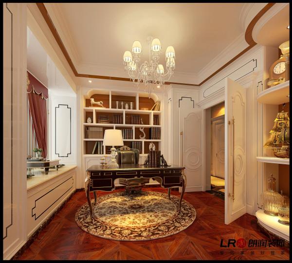 书房注意门以及书柜的细节处理。门的造型设计,包括房间的门和各种柜门,既突出了凹凸感,又有优美的弧线,两种造型相映成趣,风情万种。