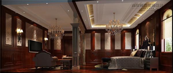 主卧室效果图:棕色实用性门窗、衣柜、地板,使整个卧室舒适温馨!