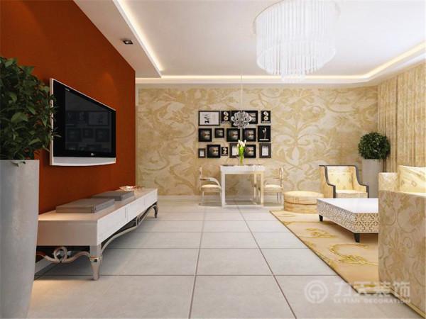 整个空间多以回型吊顶区分不同空间,顶部以石膏线圈边,简洁大方、美观。通铺的壁纸和通刷的乳胶漆和简洁的家具显得整个居室温馨又华贵