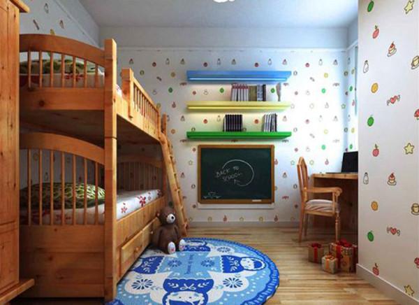 孩子的房间中用水果图形的壁纸突显了活泼的感觉。同时墙上的小黑板也增加了孩子更多的趣味。