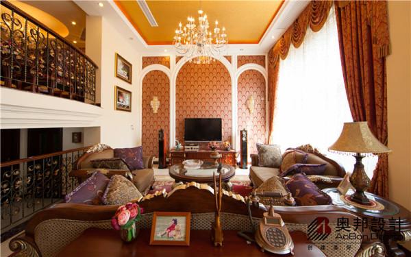 客厅电视背景墙及客厅全套家具展示