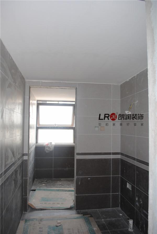 卫生间贴砖工艺