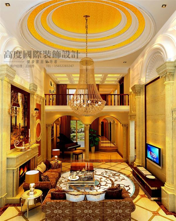 布艺沙发组合有着丝绒的质感以及流畅的木质曲线,将传统欧式家居的奢华与现代家居的使用性完美的结合。