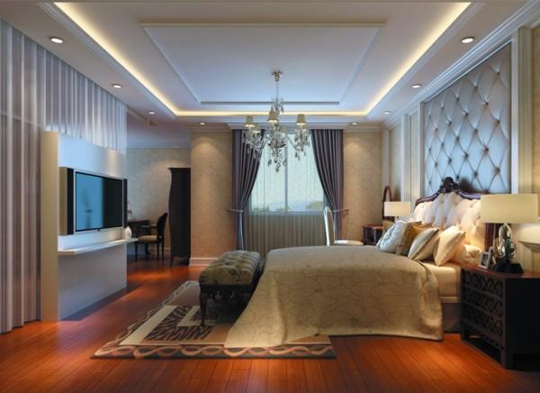 设计理念:欧式风格的高贵典雅才能显示出主人的高贵气质,床头的软包,淡紫色的窗帘,水晶吊灯各种欧式元素的融合。 亮点:电视墙的设计即实用又节省空间。