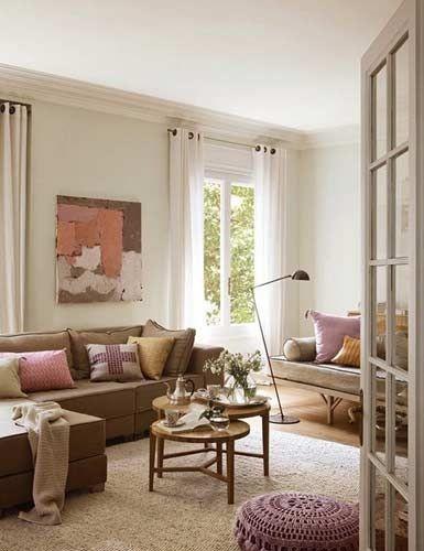 看似随意摆放的家具却处处充满惊喜,简约而不简单。