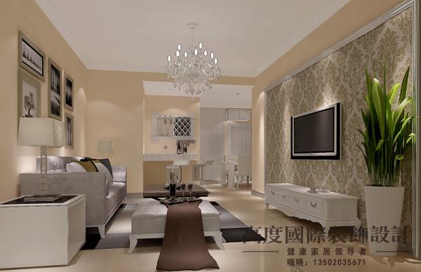 简约风格,故名思议简约而不简单,造型比较简单但是电视背景墙用护墙板和壁纸结合,沙发背景墙用装饰画做点缀,很大气。