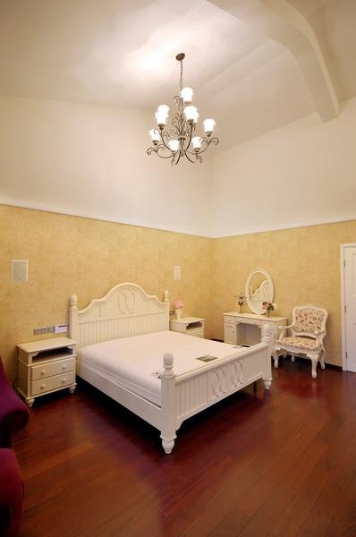 【成都实创装饰】—整体家装—现代欧式风格装修参考—复式楼盘装修—卧室装修效果图