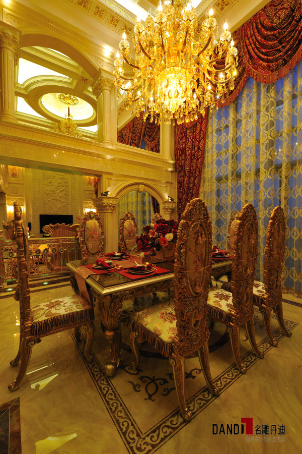 名雕丹迪设计--招商海月别墅--欧式奢华客厅-餐厅空间