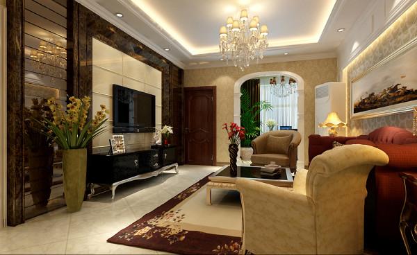 客厅以大气、奢华为主基调。电视背景墙用石材和茶色车边境搭配,华丽、高雅的感觉展现在眼前。