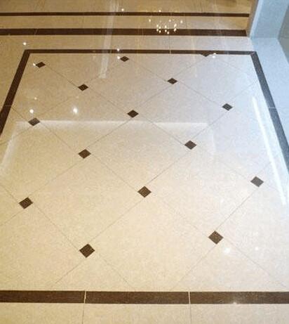 卫生间很适合做这样的地面造型。