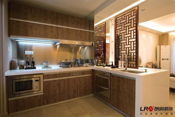 开放式厨房,中式中的现代气息。