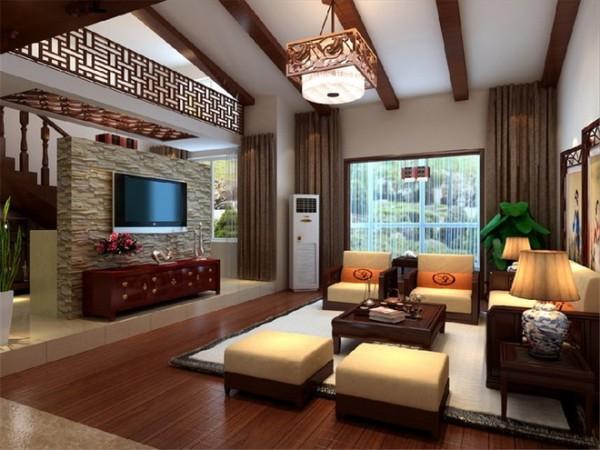 中式的悬木,原木的地板,古色古韵的茶几,电视柜,无不显示业主对中国文化的喜爱。