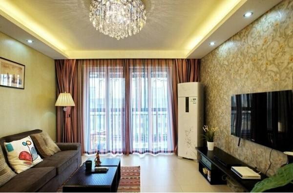 客厅的灯饰对一个客厅的装饰效果很重要