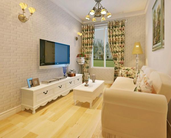 客厅的设计是最有感觉的。在整体白色的基础上面,搭配浅色的木质地板。最能扩展空间的就是镜子,运用了镜子的延展性搭配百叶的柜子,储物功能也能很好的发挥。