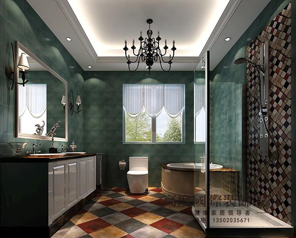 卫生间空间也比较宽敞做了浴盆和淋浴,吊顶并没有采用集成吊顶,而是选用的防水石膏板做造型,很有美观性;再加上地板和墙面砖的搭配,很和谐。