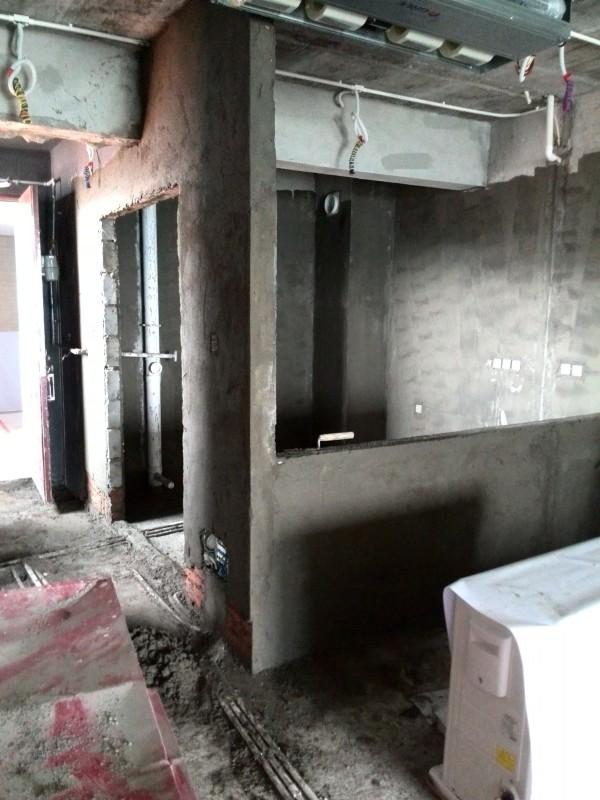 厨房新墙体做批荡