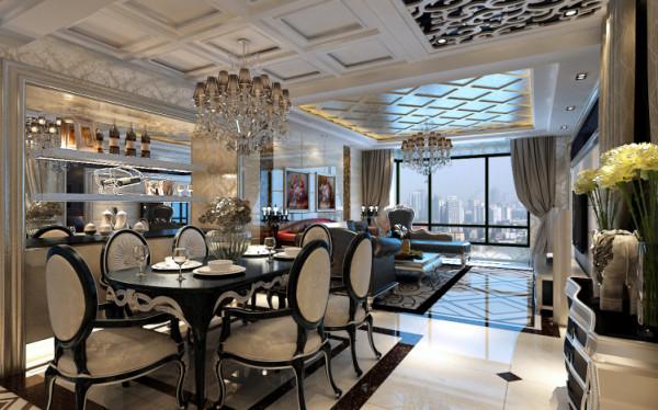 雅致精巧的餐桌和暖色的环境无形中营造了一种就餐气氛。 方形图案的地砖与餐桌相照应,墙面与椅子的纹理相互融合,一点也不张扬的空间是那么的令人神往。