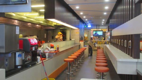 主餐厅  免费提供wifi及ipad