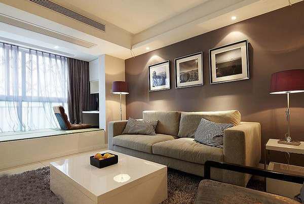 现代简约的风格就得配上又宽又大的软体沙发最舒服了