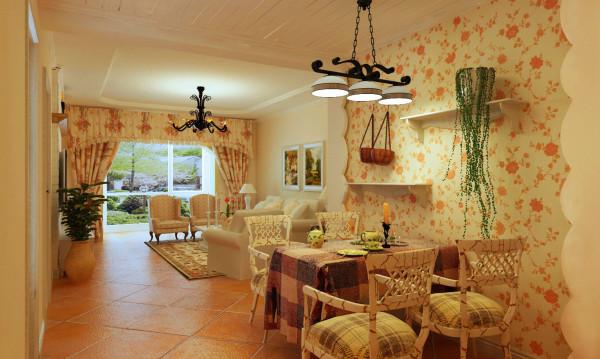 餐厅背景墙整个就是碎花的壁纸装饰,白色波浪边增添了活跃气息;方格桌布,给田园风格增添了丝丝浪漫之感。