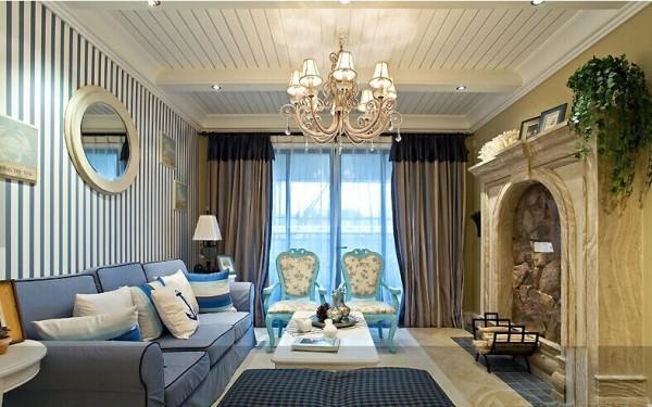 在家具选配上,通过擦漆做旧的处理方式,搭鹅卵石等,表现出自然清新的生活氛围