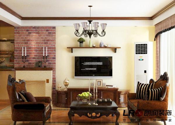 客厅电视墙展示,简单精致。