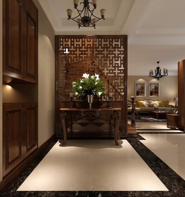 门厅的设计很独特,玄关没有过多的装饰,简单却不单调,