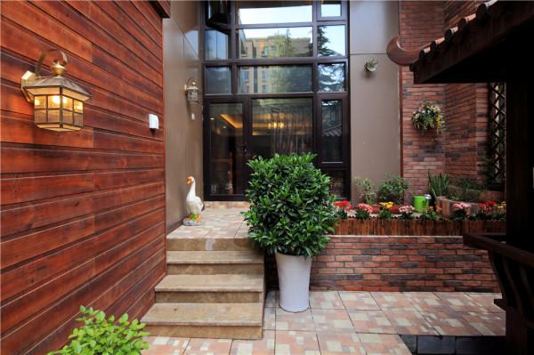 绿色植物盆栽的装饰,使的整空间生机盎然