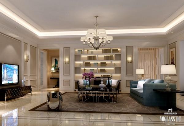 这是一个很少见的客厅样式,类似于书架的博古架上摆满主人喜欢的图书,彰显了主人浓厚的书香气息,与起居室相雷同的设计更给客人一种洒脱舒适的状态。