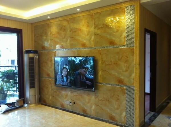 新空间装饰-翡翠城现代简约     150平米现代简约,电视墙全部采用石材,没有做任何造型,米黄色显得空间更大更宽阔 。