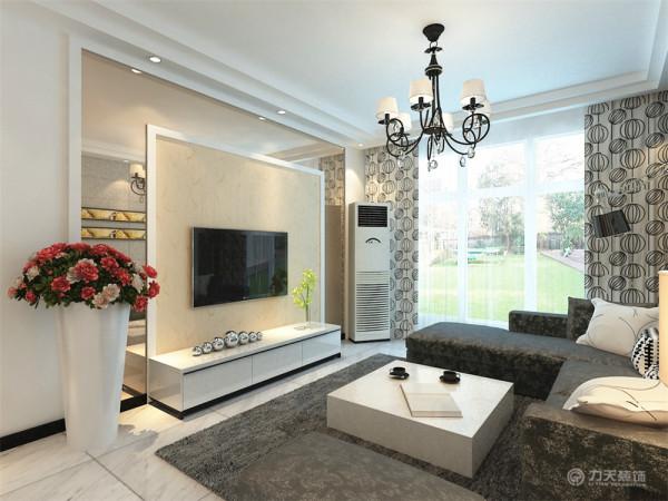 电视背景墙我选用了暖色-浅咖色的壁纸与茶镜的完美结合,石膏圈边,显得整理造型更加有层次与立体感。